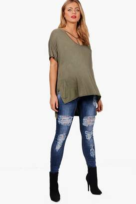 2b42efc01cd01 boohoo Maternity Over The Bump Ripped Skinny Jeans