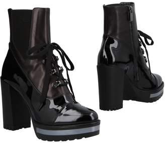 Loretta Pettinari Ankle boots - Item 11492230SG
