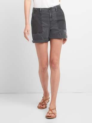 """Gap 5"""" Girlfriend Chino Shorts with Eyelet Pockets"""