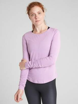Gap GapFit Long Sleeve Ruched T-Shirt in Supima® Cotton