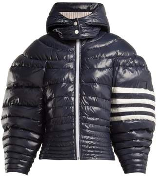 Thom Browne Exaggerated Sleeve Padded Jacket - Womens - Navy White