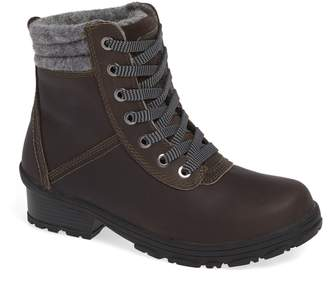 Kodiak Shari Waterproof Hiking Boot