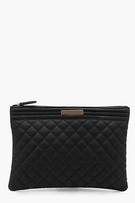 boohoo Womens Josie Oversized Quilted Zip Top Clutch in Black size One Size
