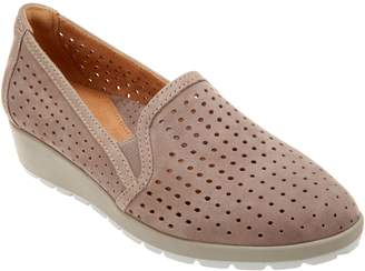 Earth Perforated Leather Wedges - Juniper