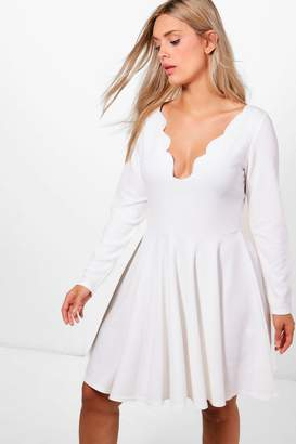 boohoo Plus Long Sleeved Scallop Skater Dress