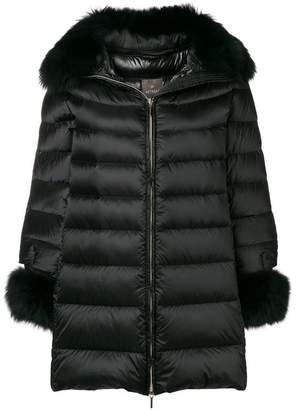 Hetregó fur trimmed coat