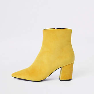 River Island Yellow pointed block heel boots