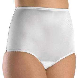 Vanity Fair Female Plus Size Perfectly Yours Ravissant Tailored Brief 15712