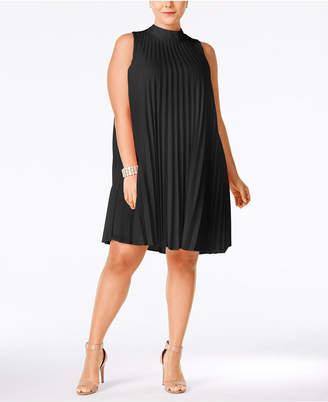 Soprano Plus Size High-Neck Pleated Shift Dress