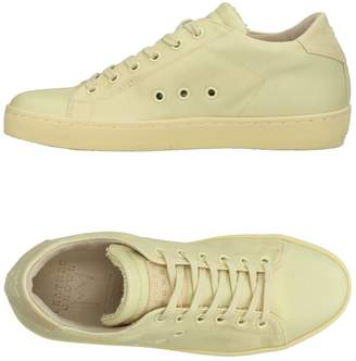 Leather Crown Low-tops & sneakers - Item 11417143