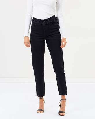 Atmos & Here ICONIC EXCLUSIVE - Vivian Mum Jeans