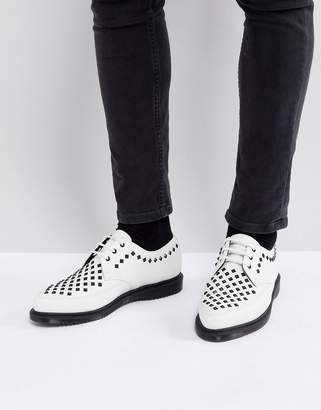 Dr. Martens Willis studded creepers in white