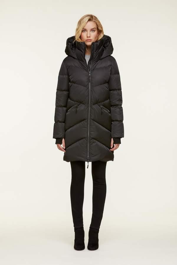 Wendelle Down Coat