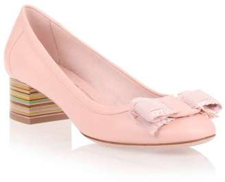 Salvatore Ferragamo Elvin 40 light pink pump $405 thestylecure.com
