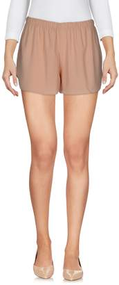 Macrí Shorts - Item 36982175ST