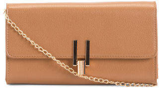 Crossbody With Twist Lock