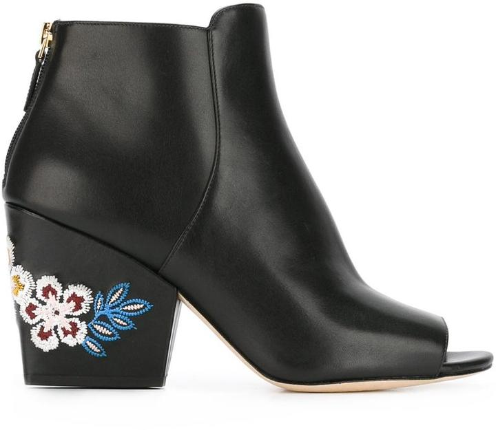 Tory BurchTory Burch embroidered flower boots