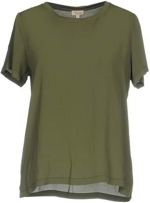 Her Shirt Blouses - Item 38699485VQ