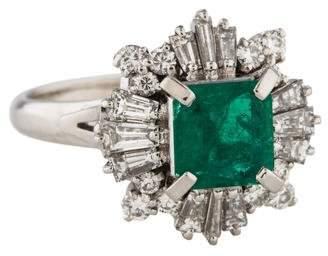 Ring Platinum Emerald & Diamond Cocktail
