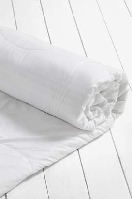 Next Anti Allergy Junior 1 Tog Duvet And Pillow Set - White