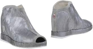 Ruco Line Booties