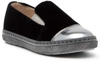 Hoo Chelia's Slip-On Sneaker (Toddler, Little Kid, & Big Kid)