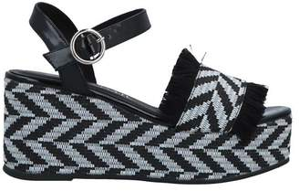 761cd61db5 Sixty Seven 67 SIXTYSEVEN Sandals