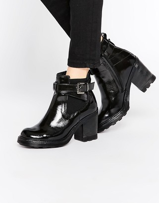 Bronx Chunky Heeled Chelsea Boots $94 thestylecure.com
