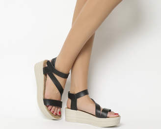 Blowfish Lover Flatform Sandals