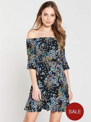 Very Bardot Fluted Sleeve Jersey Dress