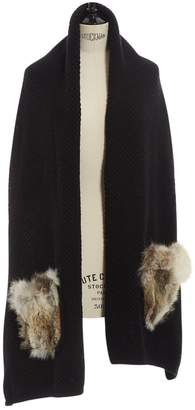 Inverni Black Wool Scarves