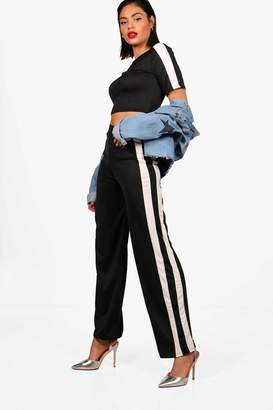 boohoo Mae Athleisure Stripe Crop Top & Flare Set