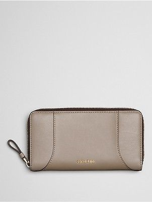Calvin Klein Calvin Klein Womens Smooth Leather Large Zip Wallet Desert Taupe