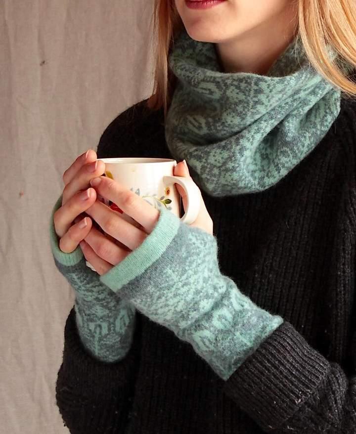 Suzie Knitwear Cosy Wool Fingerless Mittens