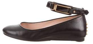 Tod's Leather Round-toe Flat
