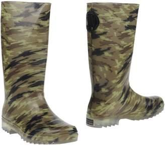 Stuart Weitzman Boots - Item 11095828CO