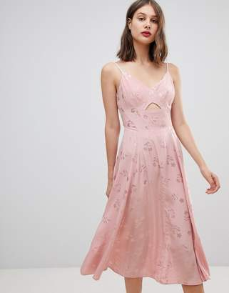Warehouse low back strappy jacquard dress in pink