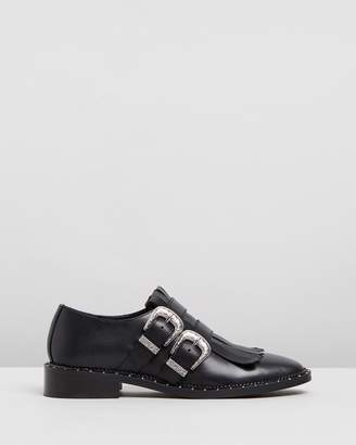 Bronx Noir Buckled Leather Low Shoes