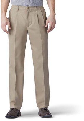 Lee Men's Total Freedom Relaxed-Fit Comfort Stretch Pleated Pants