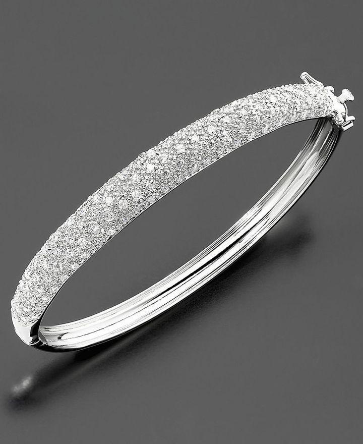 Sterling Silver Cubic Zirconia Pave Bangle Bracelet (1-3/4 ct. t.w.)