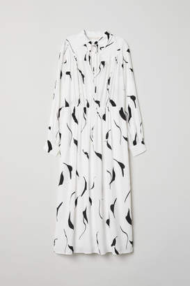 H&M Dress with Collar - White