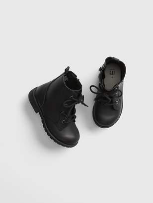 Gap Lace-Up Desert Boots