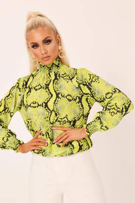 d2762f4f9cfc I SAW IT FIRST Neon Lime Shirred High Neck Snake Print Long Sleeve Blouse
