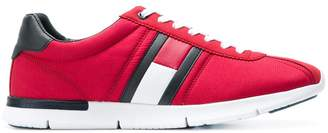 Tommy Hilfiger side patch sneakers