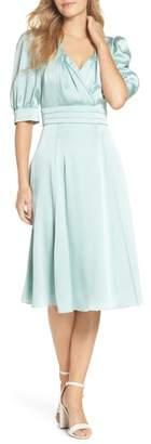 Gal Meets Glam Vera Satin Fit & Flare Dress