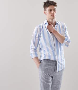 Reiss MARCUS WIDE STRIPED SHIRT Soft Blue