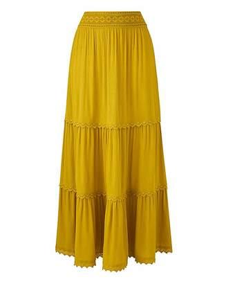 Petite Crochet Trim Tiered Maxi Skirt