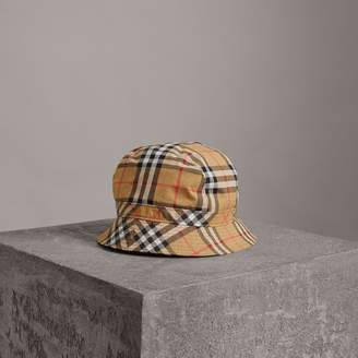 Burberry Vintage Check Bucket Hat , Size: M/L, Yellow