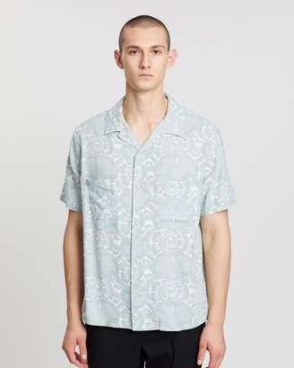 Vince Lotus Leaf Cabana SS Shirt