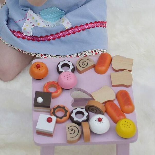 Little Ella James Toy Cakes And Buns Set